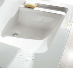毎日使う場所を素敵に!Panasonicの洗面化粧台編 #2 「スゴピカ素材」
