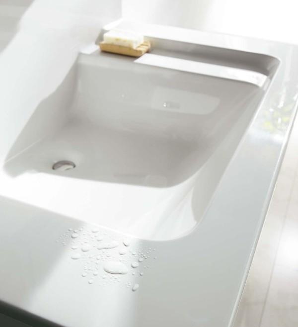 毎日使う場所を素敵に!Panasonicの洗面化粧台編 #2「スゴピカ素材」